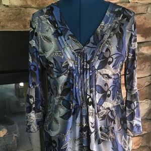 Semi Sheet Floral 3/4 Bell Sleeve Tunic Top